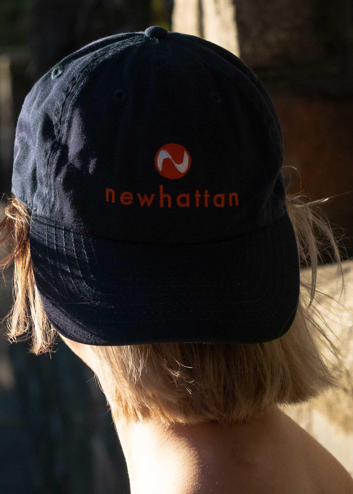 Newhattan logo Cap